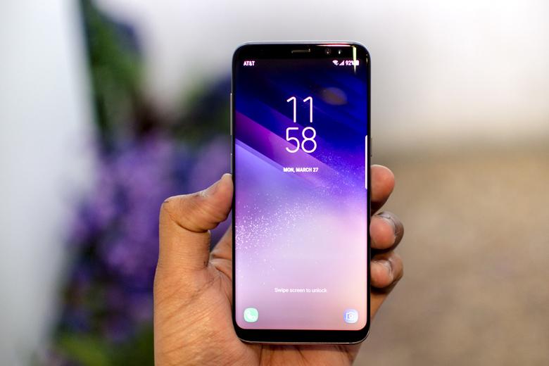 Đánh giá màn hình Galaxy S8 và Galaxy S8 Plus đều mang đến khả năng hiển thị tốt