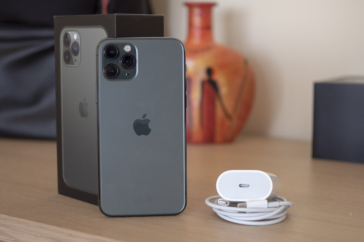 iPhone 11 Pro charger