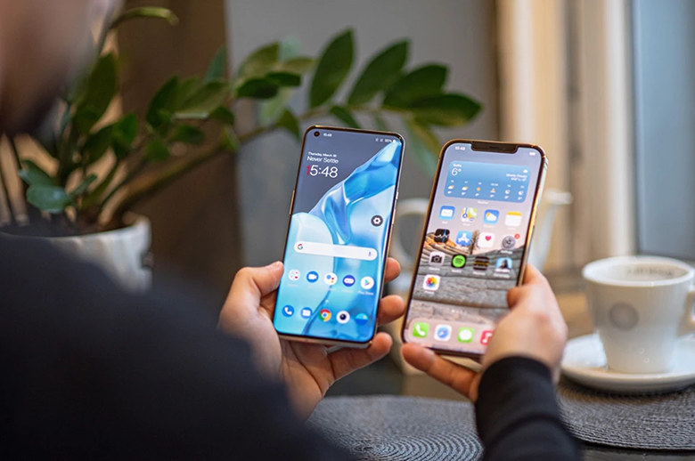Màn hình iphone 12 pro max vs oneplus 9 pro