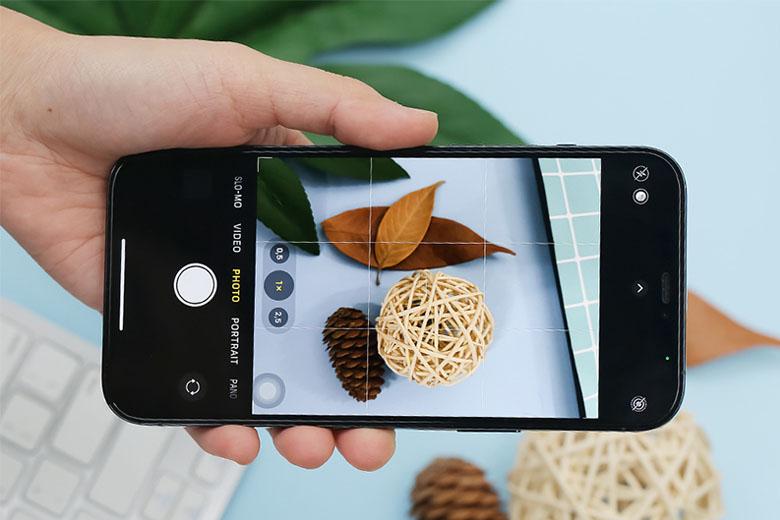iPhone 12 Pro Max 256GB sở hữu 3 camera ở lưng