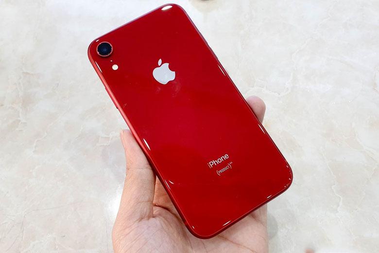 iPhone XR có giá từ 8 đến 9 triệu đồng