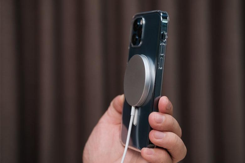 iPhone 12 Pro 256GB cũ giá rẻ sở hữu dung lượng pin 2.815mAh