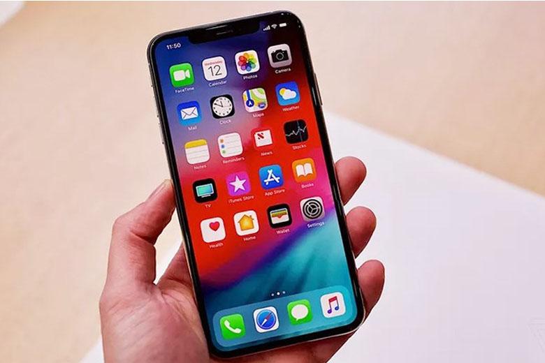 Phone XS được trang bị sức mạnh từ bộ xử lý Apple 12 Bionic