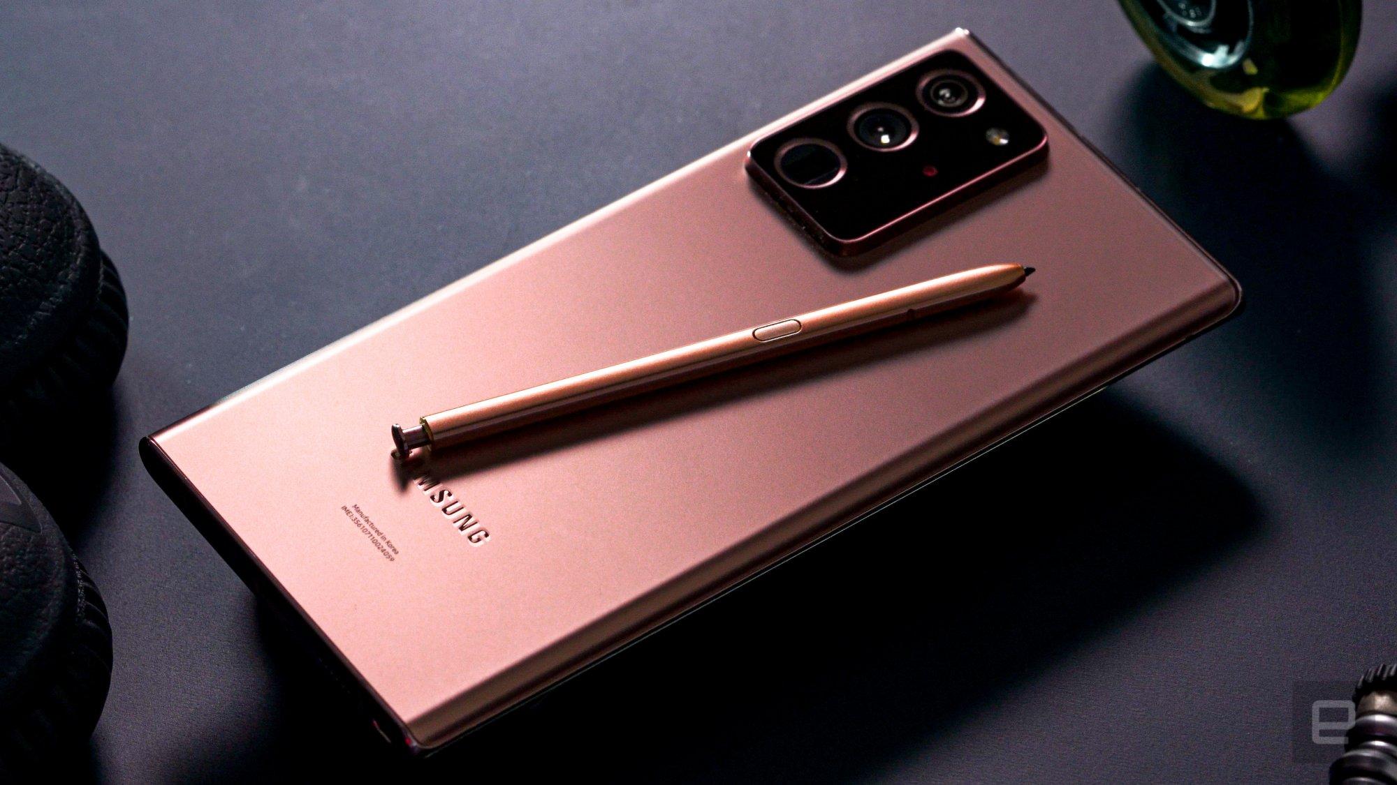 Bút S-Pen trên Galaxy Note 20 Ultra 5G 256GB mang đến nhiều tính năng hấp dẫn