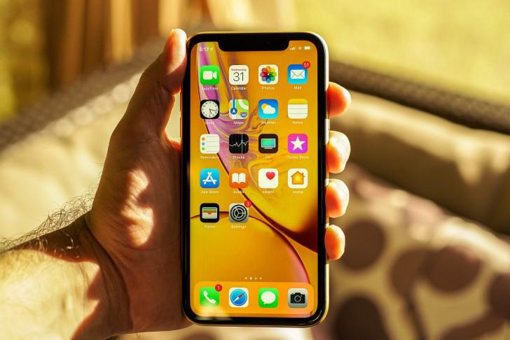 Trên iPhone Xr 64GB cũ người dùng sẽ khong tìm thấy nút Home