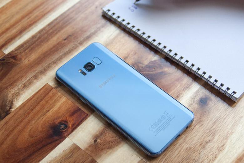 Samsung Galaxy S8 Plus Likenew (Hàn Quốc) còn được hỗ trợ công nghệ sạc nhanh và sạc không dây