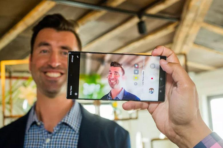 hệ thống camera chính trên Galaxy Note 10 Plus 256GB New Nobox Mỹ theo chiều dọc