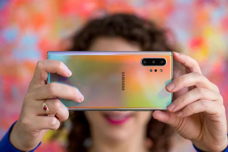 Galaxy Note 10 Plus 5G 256GB cũ bản Hàn được trang bị 3 camera phía sau