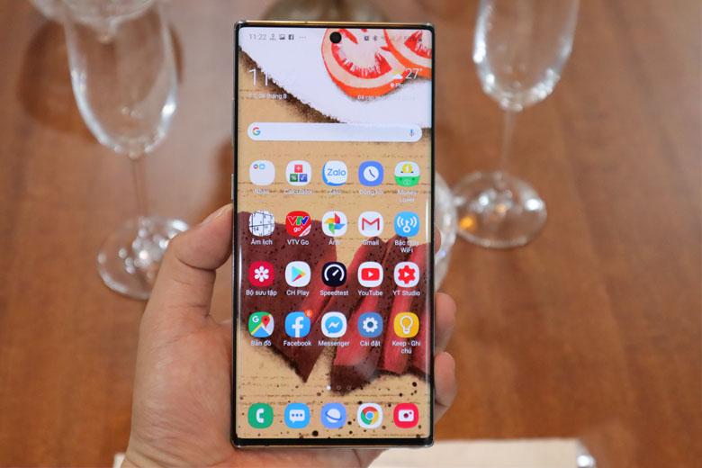 Galaxy Note 10 5G 256GB cũ bản Hàn sở hữu màn hình 6.3 inch