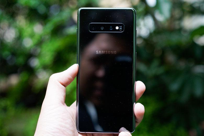 Thiết kế Galaxy S10 Plus 128GB cũ 97% cuốn hút