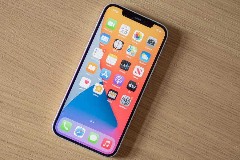 màn hình iPhone 12 được nâng cấp sử dụng tấm nền Super Retina XDR