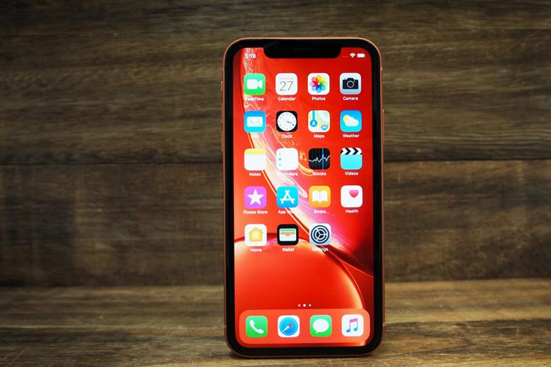 iPhone Xr chỉ được sử dụng tấm nền LCD True Tone