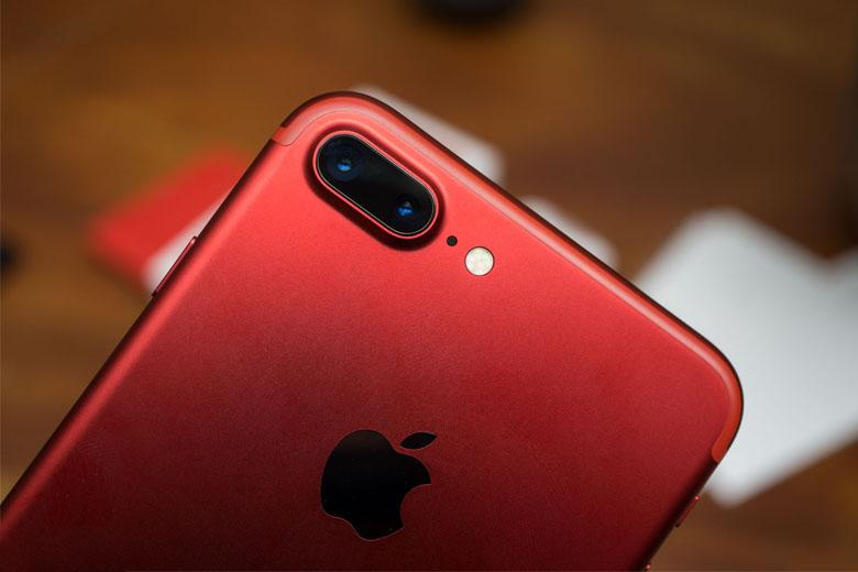 nâng cấp ấn tượng nhất so với thế hệ trước của iPhone 7 và 7 Plus là cụm camera hiện đại