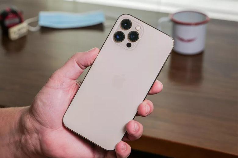 iPhone 12 Pro Max 512GB (VN/A) có dung lượng pin 3.687 mAh