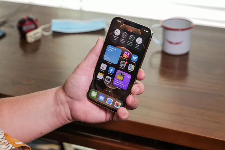 viên pin 3.687mAh trên iPhone 12 Pro Max 128GB (VN/A) dư sức để bạn hoạt động suốt cả ngày dài.